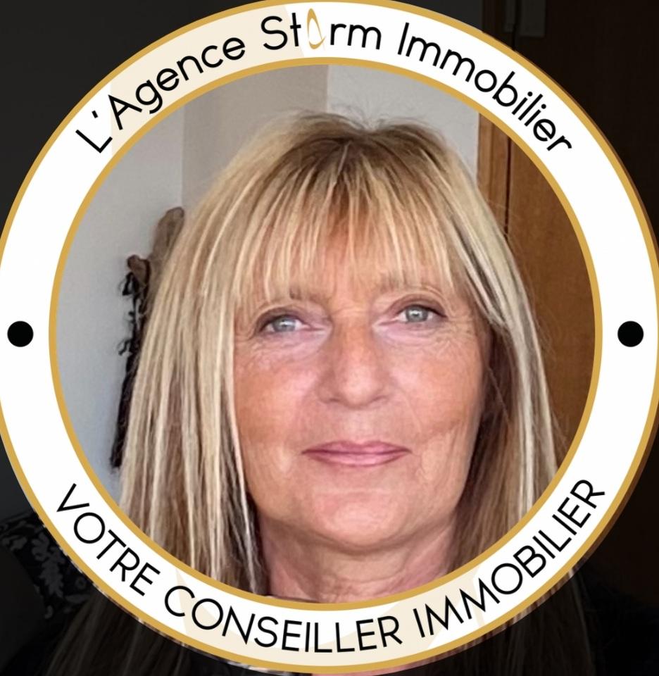 Valérie ARNAVON ()